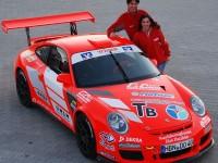 Alexandra und Olaf Dobberkau mit Porsche